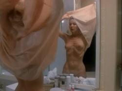 Hot Target (1985) screenshot 1