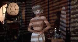 Valentino (1977) screenshot 3