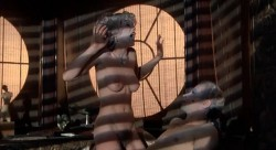 Valentino (1977) screenshot 5