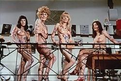 Should a Schoolgirl Tell (1969) screenshot 5