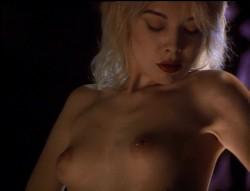 Stripteaser (1995) screenshot 4