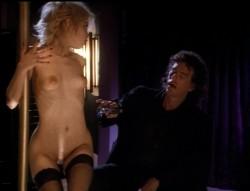 Stripteaser (1995) screenshot 5
