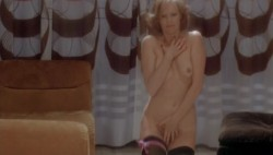 Le sorelline (1975) screenshot 2