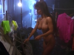 The Bikini Carwash Company (1992) screenshot 2