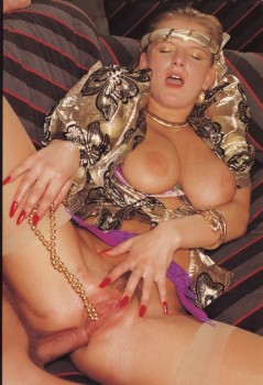Anal Sex 71 (Magazine) screenshot 4