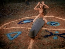 Crypt of Dark Secrets (1976) screenshot 5