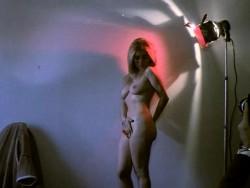 The Naughty Stewardesses (1975) screenshot 4