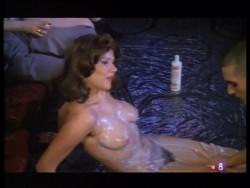 Con las bragas en la mano (1982) screenshot 5