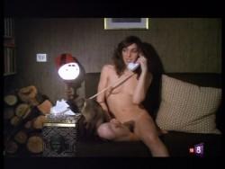 Con las bragas en la mano (1982) screenshot 6
