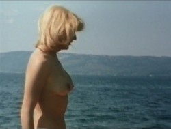 Emanuelle In The Country (Better Quality) (1978) screenshot 2