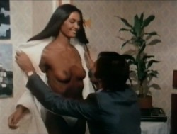 Emanuelle In The Country (Better Quality) (1978) screenshot 6