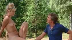 Lauras Toys (1975) screenshot 6