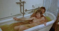 Mad Foxes (1981) screenshot 6