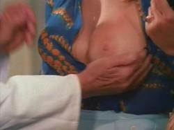 Die liebestollen Apothekerstochter (Better Quality) (1972) screenshot 3