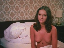 Die liebestollen Apothekerstochter (Better Quality) (1972) screenshot 6