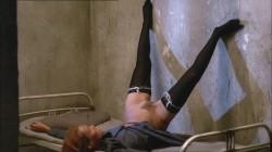 Frauengefangnis (1976) screenshot 1