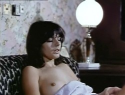 Intimate Relations (1979) screenshot 1