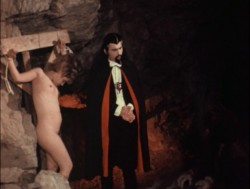 Dracula: The Dirty Old Man (Better Quality) (1969) screenshot 3