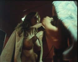 Ensalada Baudelaire (1978) screenshot 2