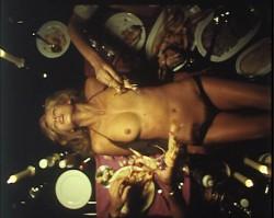 Ensalada Baudelaire (1978) screenshot 4