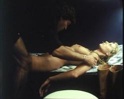 Ensalada Baudelaire (1978) screenshot 6