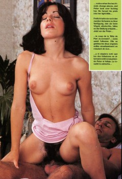 Teenage Schoolgirls 44 (Magazine) screenshot 3