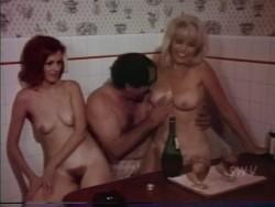 The Eighteen Carat Virgin (Better Quality) (1972) screenshot 5
