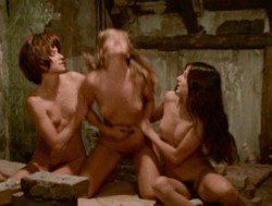 The Sinful Dwarf (1973) screenshot 3
