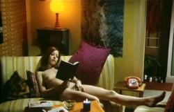 Wenn die prallen Mopse hupfen (Better Quality) (1974) screenshot 4