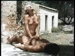 Erotiki Teleti (1979) screenshot 5