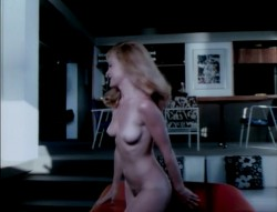 Girls Are for Loving (Better Quality) (1973) screenshot 3