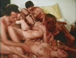 Sex and the Single Vampire (1970) screenshot 5
