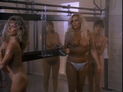 Hellhole (1985) screenshot 2