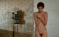 Je taime moi non plus (1976) screenshot 6