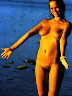 LUI France 03 (1982) (Magazine) screenshot 2