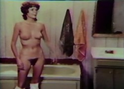 Million Dollar Mona (1973) screenshot 4