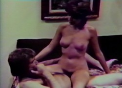Million Dollar Mona (1973) screenshot 6