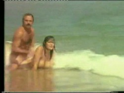 Tatli Tatli (1975) screenshot 1