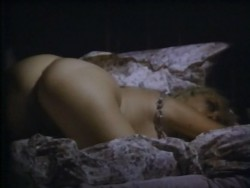 Eugenie (Historia de una perversion) (1980) screenshot 6
