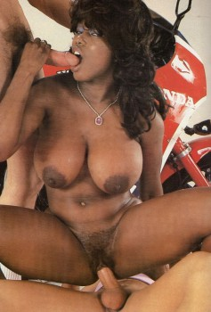 Silwa Sex o'M 22 (International) (Magazine) screenshot 3