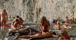 Summer Lovers (Better Quality) (1982) screenshot 3