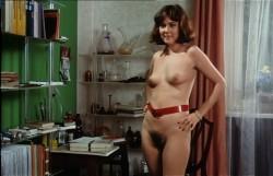Schulmadchen-Report 13: Vergiss beim Sex die Liebe nicht (Better Quality) (1980) screenshot 2
