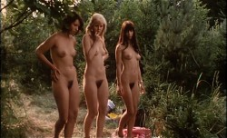 Schulmadchen-Report 4: Was Eltern oft verzweifeln lasst (Better Quality) (1972) screenshot 6