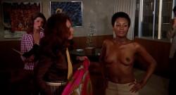 Bonnie's Kids (1973) screenshot 3