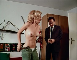 Ein Graf in Oberbayern (1969) screenshot 4