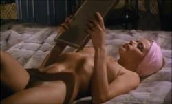 Luxure (1976) screenshot 6