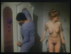 Wenn Madchen zum Manover blasen (1975) screenshot 2