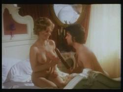Wenn Madchen zum Manover blasen (1975) screenshot 3