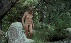 A Virgin Among the Living Dead (BDRip) (1973) screenshot 3