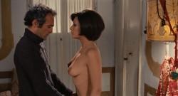 Il tuo vizio e una stanza chiusa e solo io ne ho la chiave (1972) screenshot 6